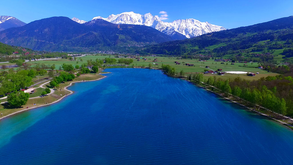 What to do in the Alps this summer? Best swimming lakes